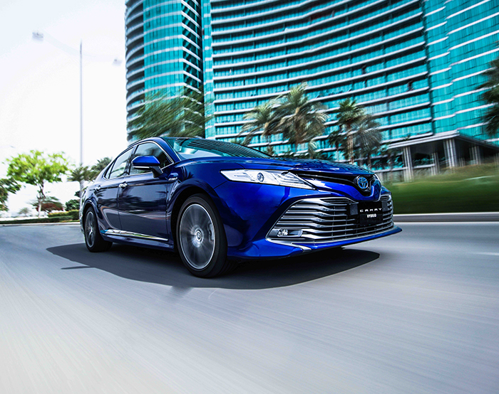 Toyota Camry Hybrid Electric Vehicle Now Available For Retail Motorists In The Uae